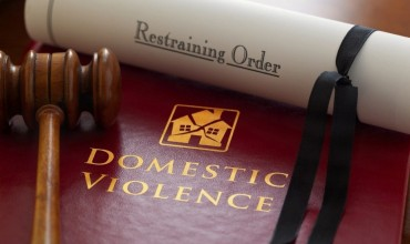 Domestic violence – The right time to hire a domestic violence lawyer!